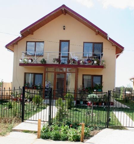 Casa Crizantema